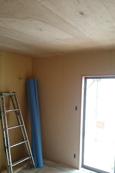寝室ラワン天井