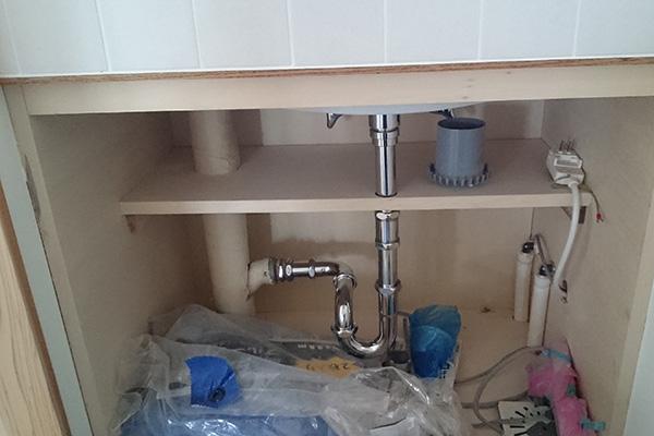 洗面器接続