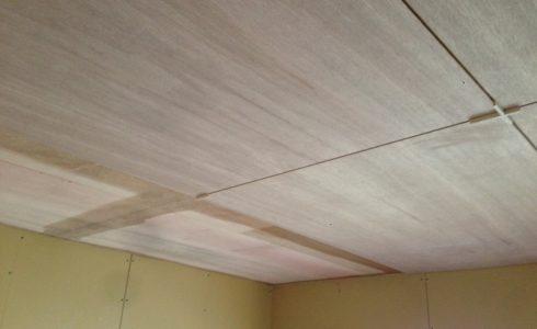 天井ラワン合板