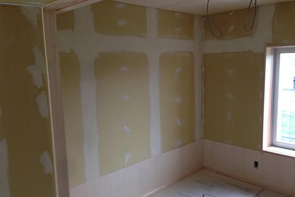壁パテしごき2